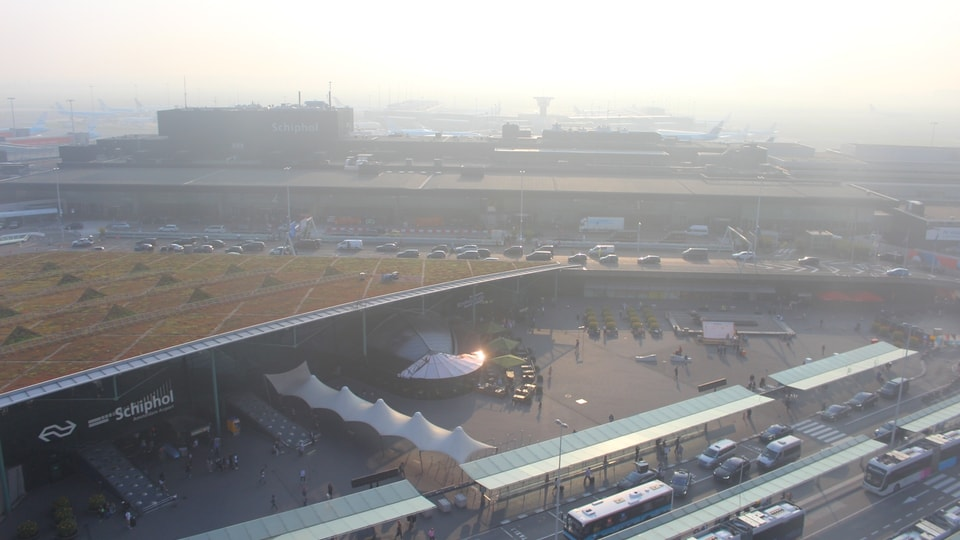 Amsterdam Airport Cam. Live view